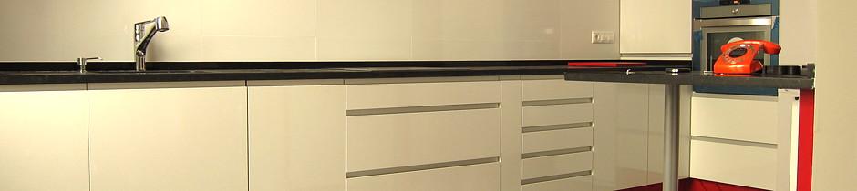 Brilop mobiliario de cocina for Empresas de muebles de cocina